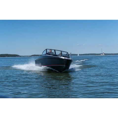 Motorový člun Buster XL V MAX