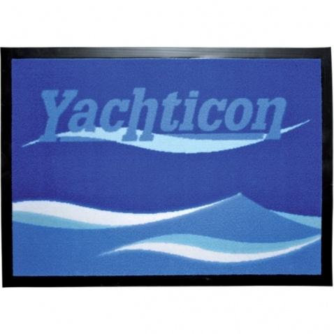 Koberec navy s nápisem Yachticon