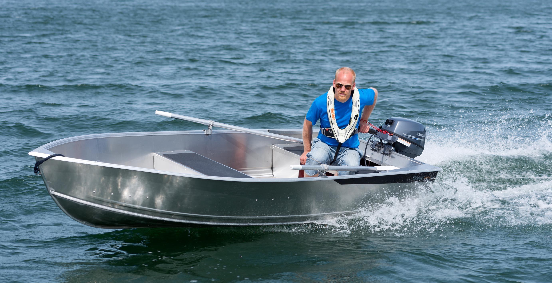Motorový člun Yamarin
